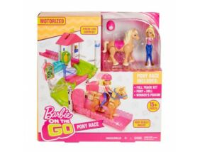 Barbie on the Go Baba pónival játékszett
