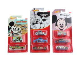 Hot Wheels - Disney - Mickey egér kisautó - többféle