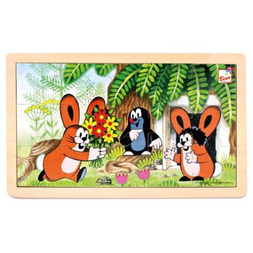 Kisvakond és nyuszik keretes fa puzzle 15 db-os