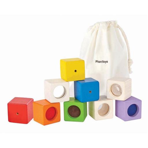Plan Toys - Fejlesztő kocka készlet